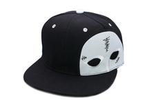 勇发服饰-2015新款黑白色拼接卡通眼睛绣花嘻哈街舞平板帽-PJ126